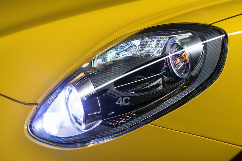 2020 Alfa Romeo 4C Spider Headlight