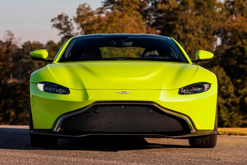 2020 Aston Martin Vantage Coupe Front View