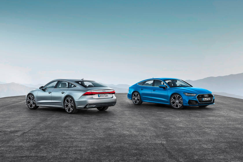 2020 Audi A7 Sedan Front and Rear View