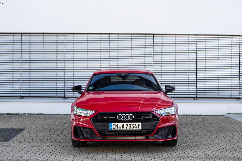 2021 Audi A7 plug-in-hybrid Sedan front view