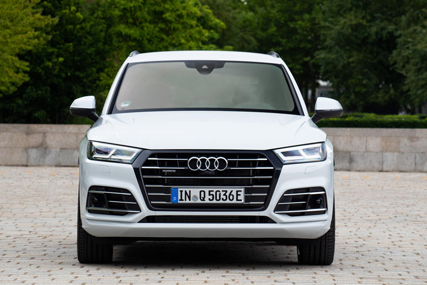 2020 Audi Q5 plug-in-hybrid SUV Front View