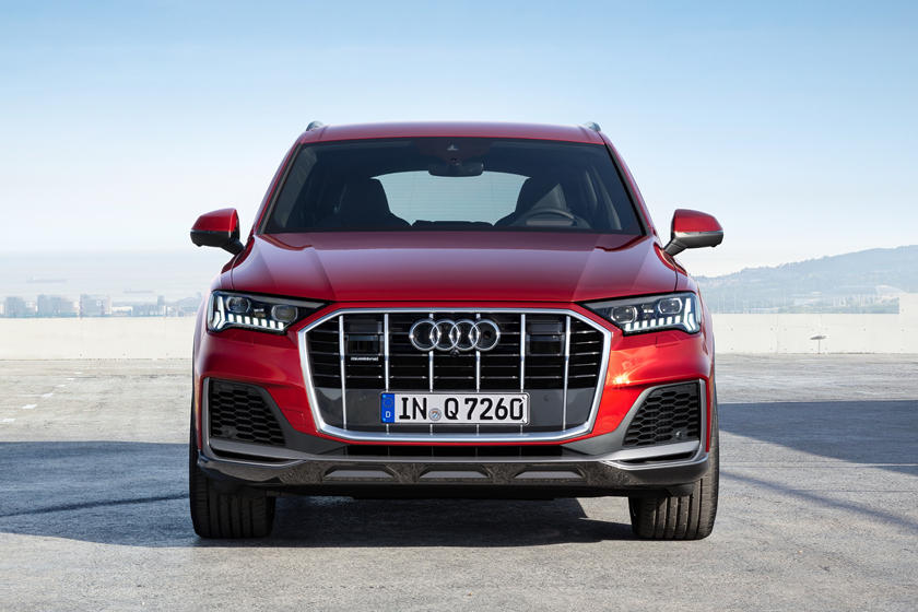 2021 Audi Q7 SUV Front View