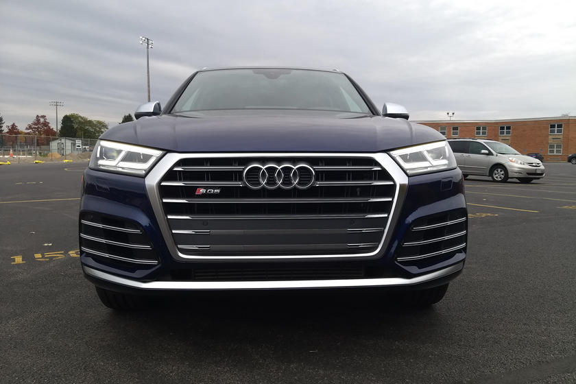 2021 Audi SQ5 Front View