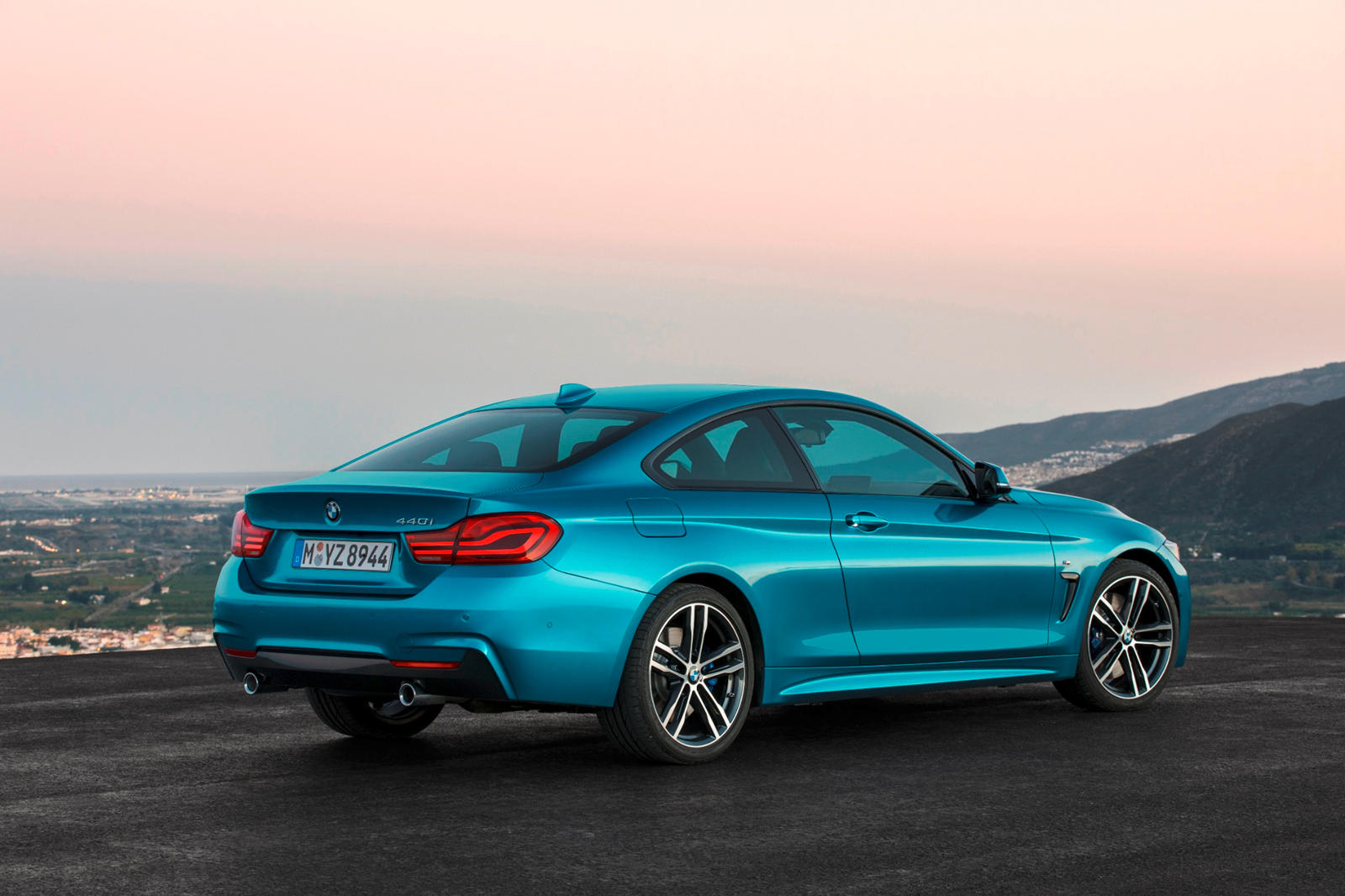 2020 BMW 4 Series Coupe rear three quarter view