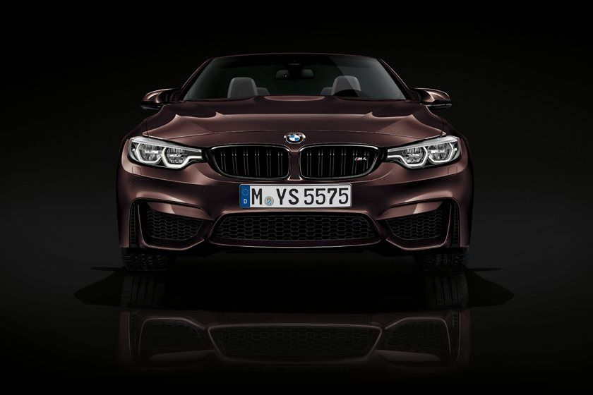 2020 BMW M4 Convertible front view