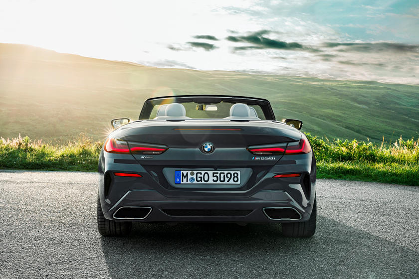 2020 BMW M850i Convertible rear view