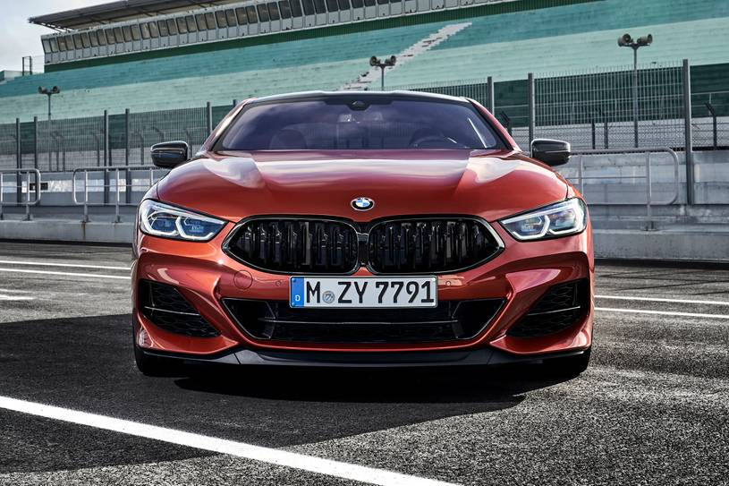 2021 BMW M850i Coupe Front View
