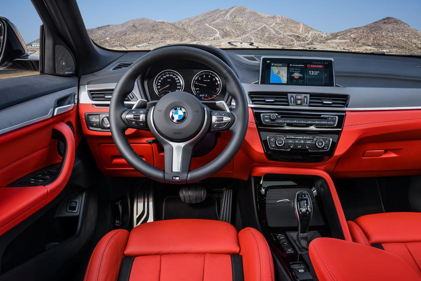 2020 BMW X2 steering Wheel