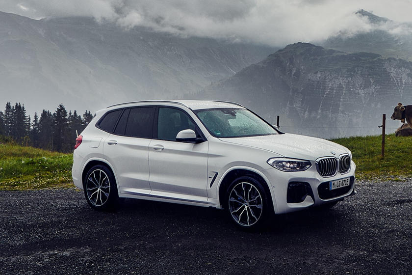 2020 BMW X3 plug-in-hybrid SUV Front View