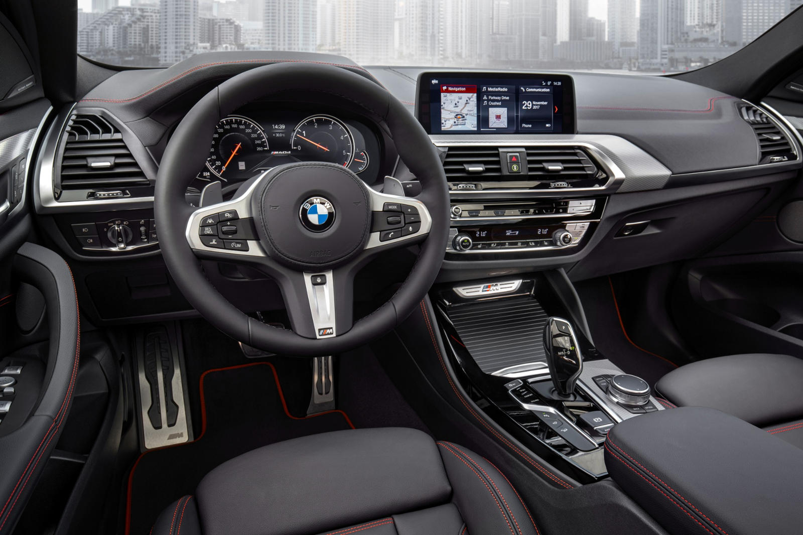 2020 BMW X6 SUV steering