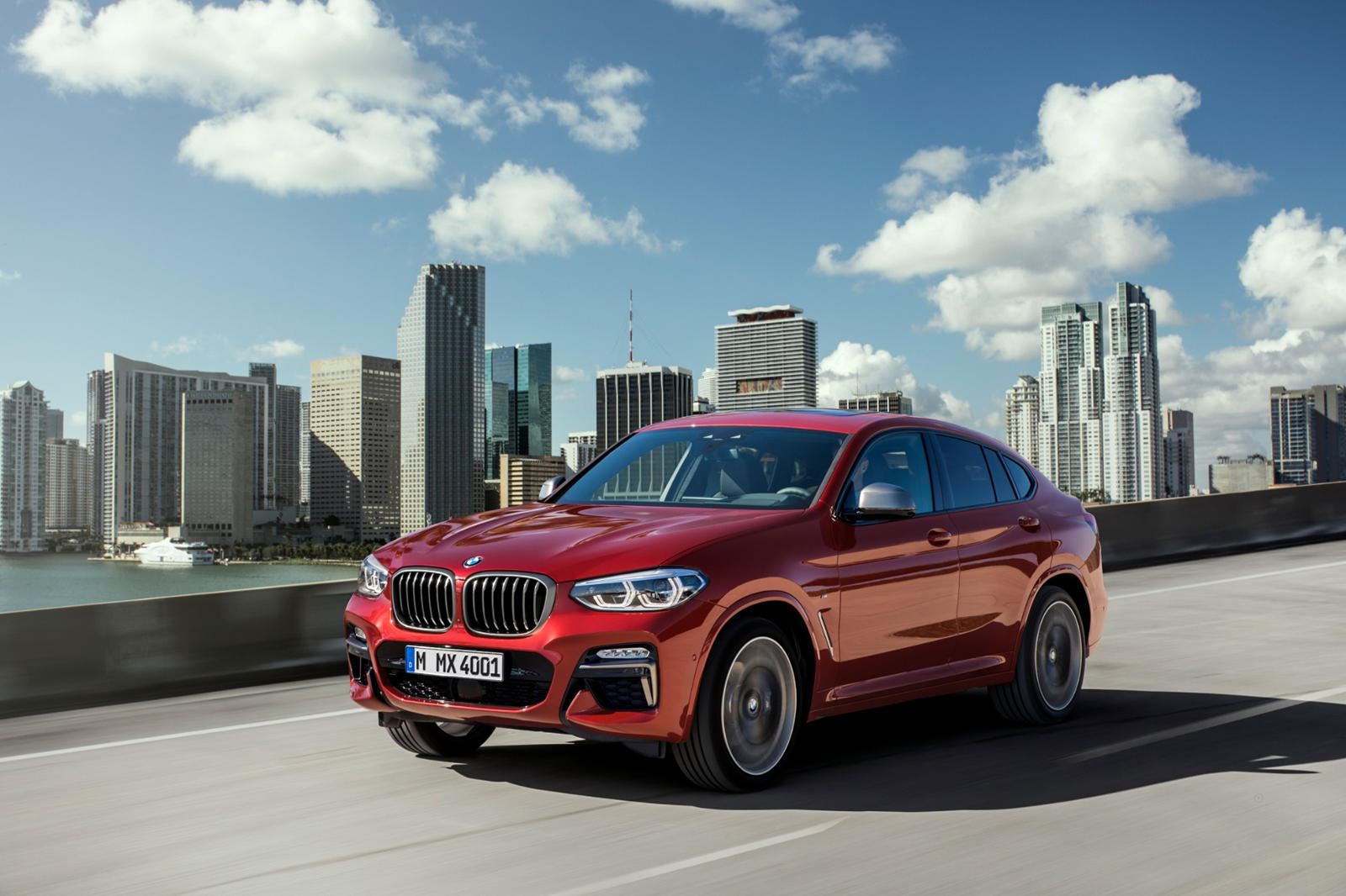 2020 BMW X4 SUV Rear View