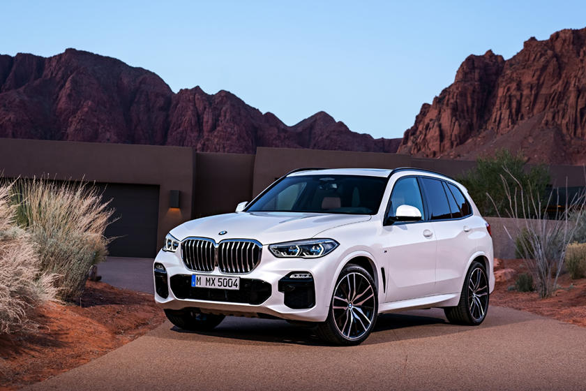 2020 BMW X5 SUV 3rd quarter view