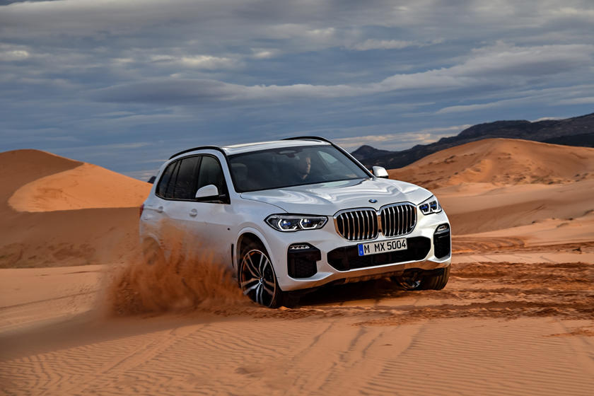 2020 BMW X5 SUV Front view