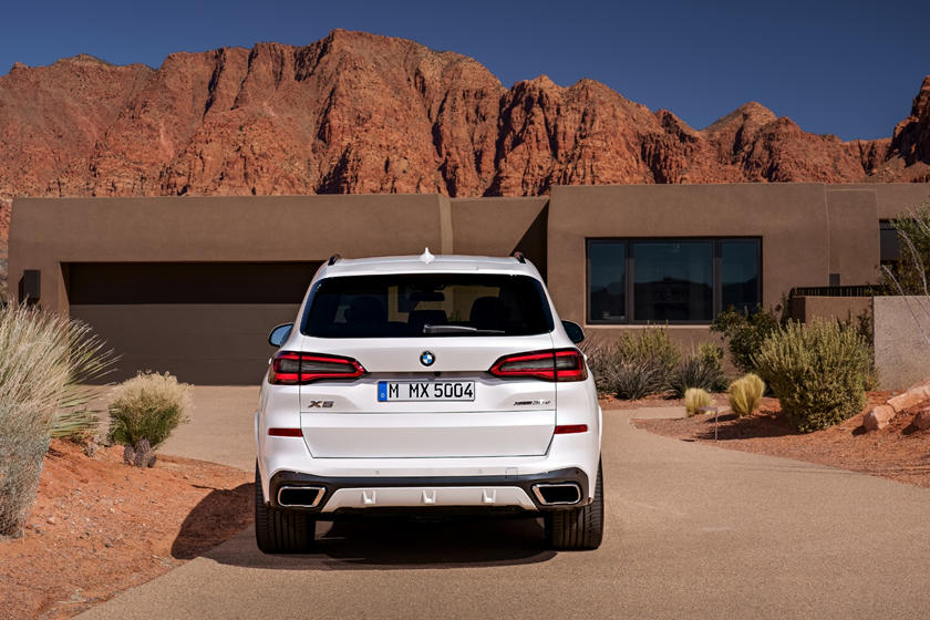2020 BMW X5 SUV Rear View