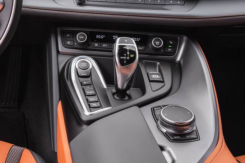 2020 BMW i8 Coupe  Gear Shifter