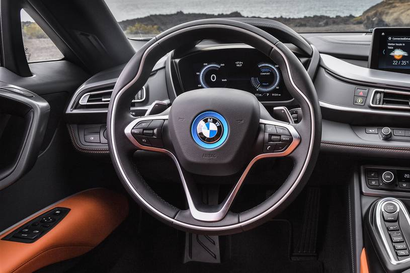 2020 BMW i8 Coupe  Steering wheel