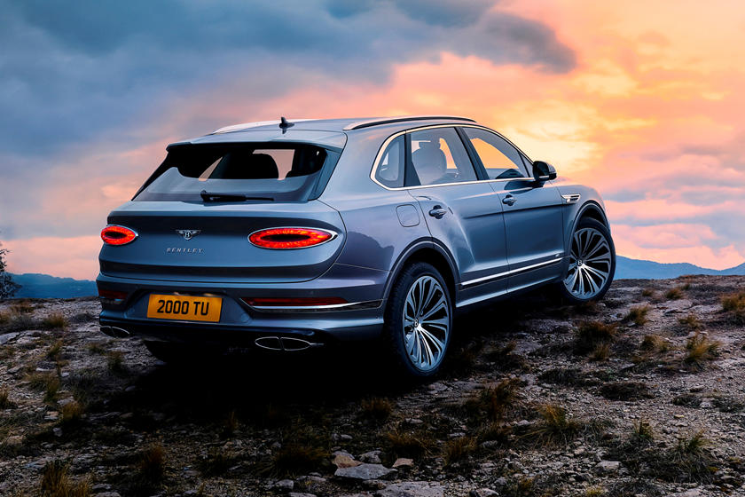 2021 Bentley Bentayga Rear Third Quarter View