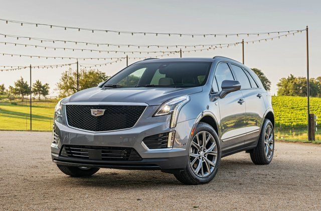 2020 Cadillac XT5 SUV three quarter view