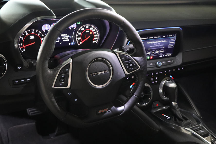 2020 Chevrolet Camaro Convertible Steering Wheel
