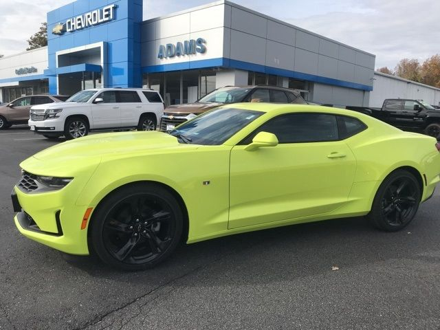 2020 Chevrolet Camaro LT1 Coupe Side View