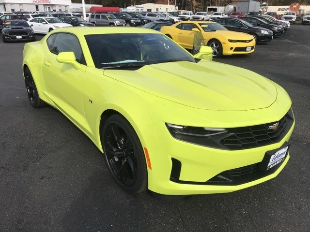 2020 Chevrolet Camaro LT1 Coupe Front View