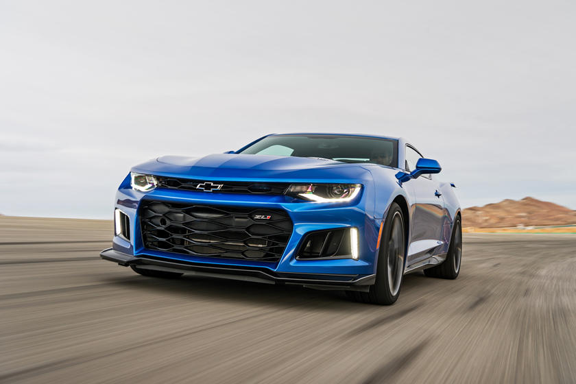 2021 Chevrolet camaro zl1 coupe front view