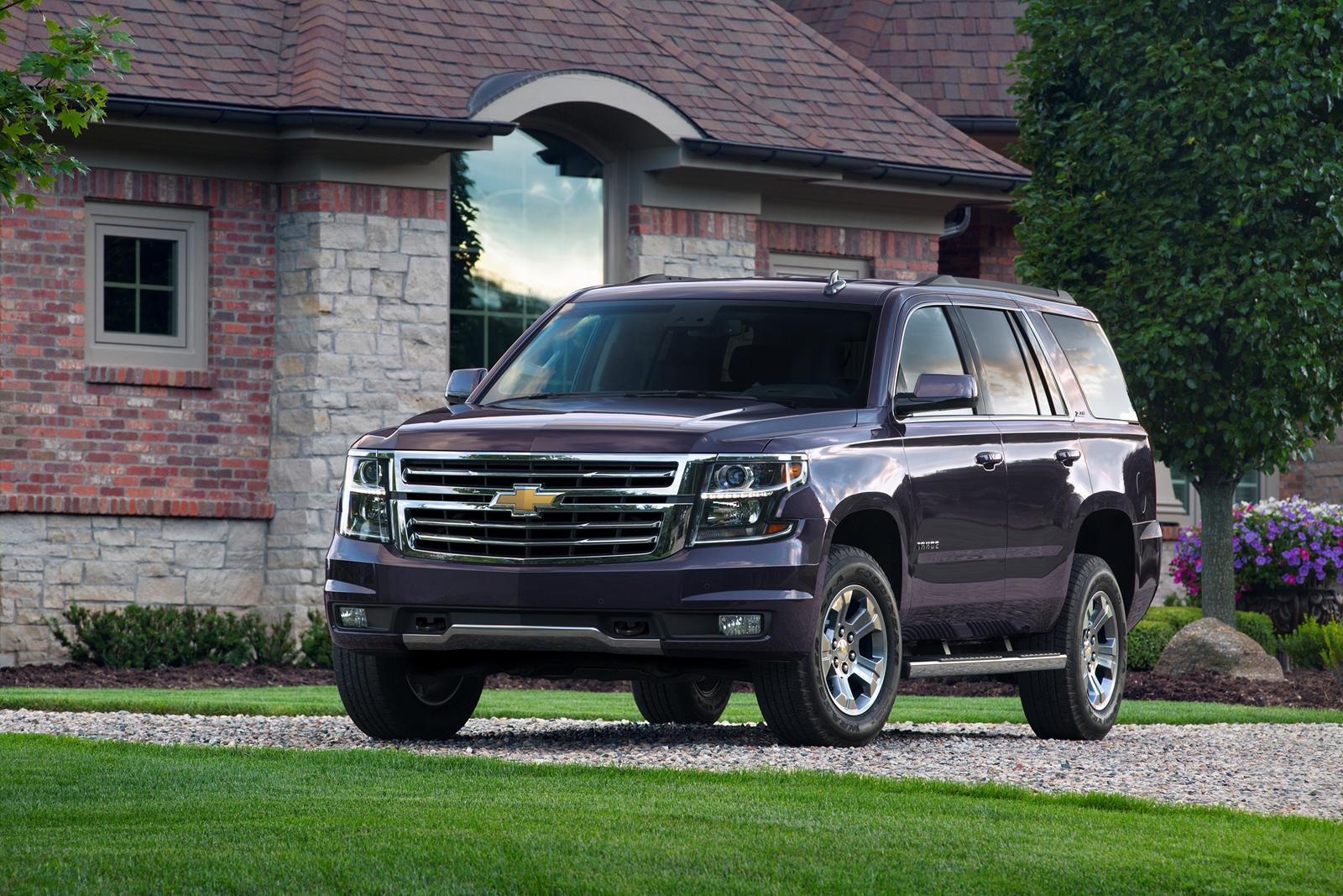 2020 Chevrolet Tahoe Review, Ratings, MPG and Prices ...
