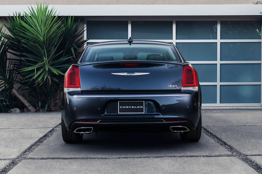 2020 Chrysler 300 Sedan Rear View
