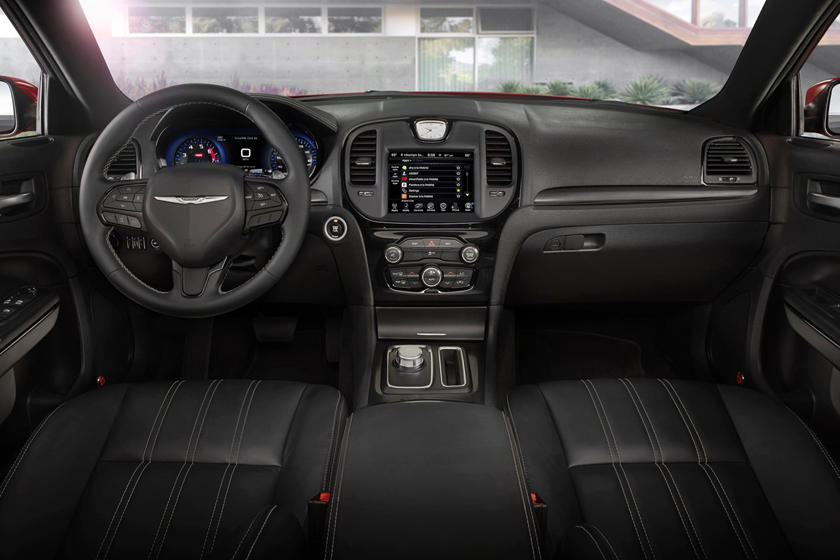 2020 Chrysler 300 Sedan Interior