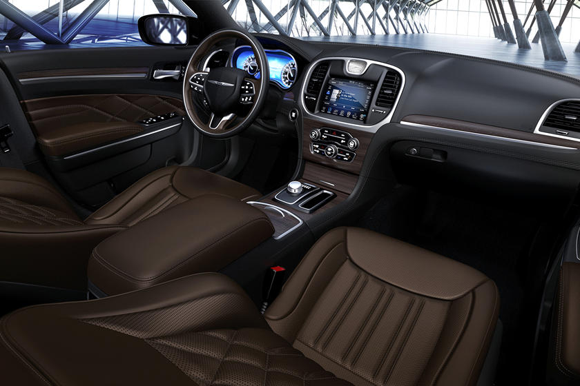 2020 Chrysler 300 Sedan seats