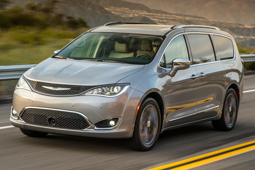 2018 Chrysler Pacifica Minivan front angle view