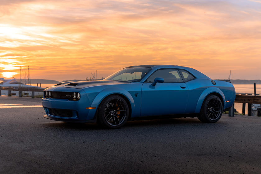 2021 dodge challenger srt hellcat coupe price, review