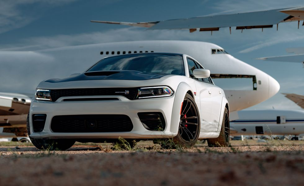2021 Dodge Charger Sedan Front View