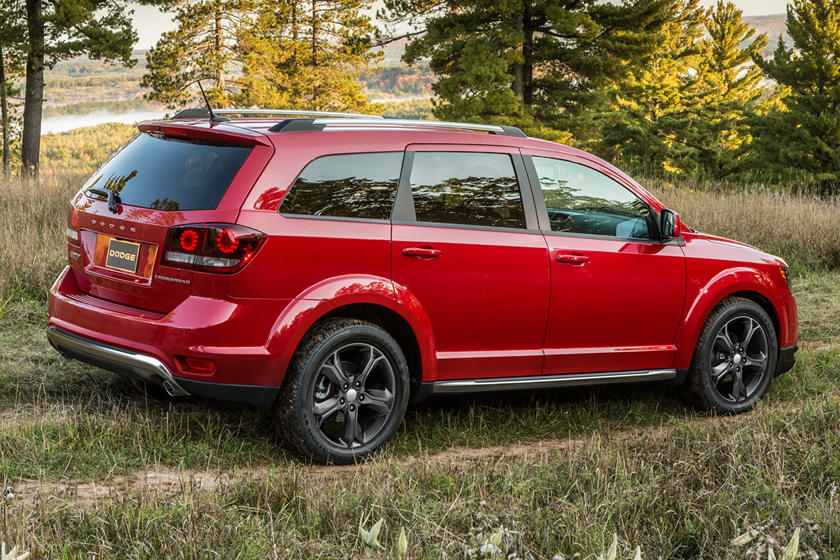 2020 Dodge Journey SUV Side View