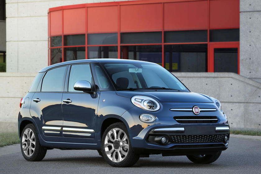 2020 Fiat 500L Wagon Front View