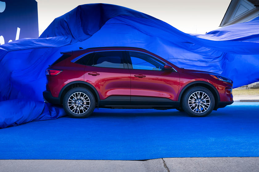 2020 Ford Escape SUV Side View