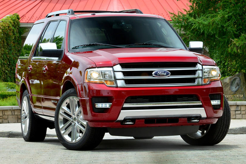 2017 Ford Expedition SUV Front Three Quarter View