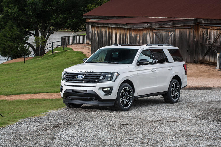2020 Ford Expedition SUV Front View