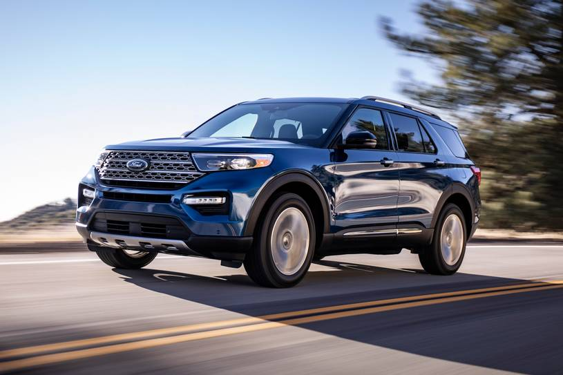 2020 Ford Explorer ST SUV Side view