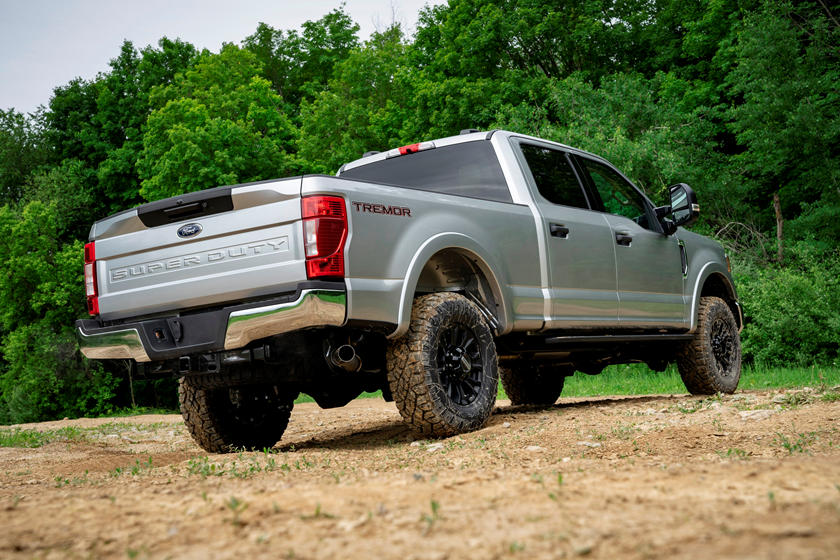 2021 Ford F-350 SuperDuty diesel SuperCab rear third quarter view
