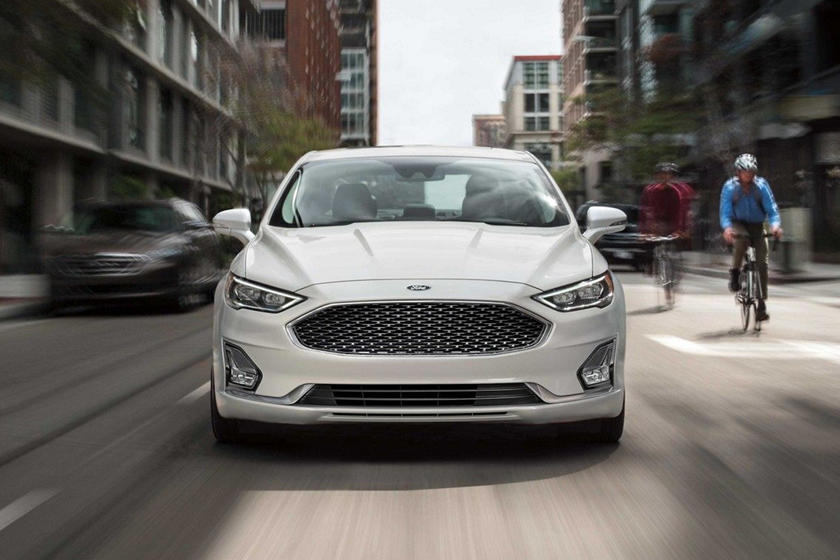 2020 Ford Fusion Sedan Front View