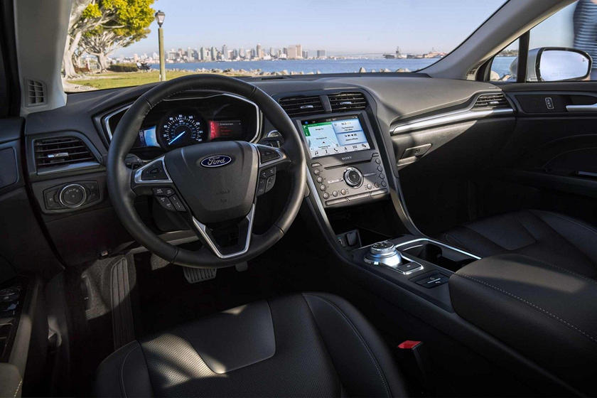 2020 Ford Fusion hybrid Sedan Infotainment