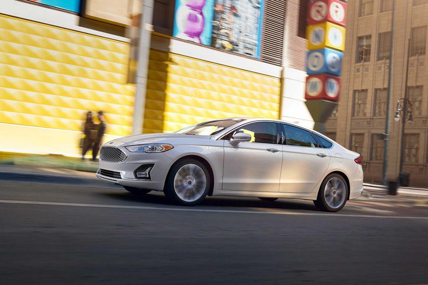 2020 Ford Fusion hybrid Sedan Side view