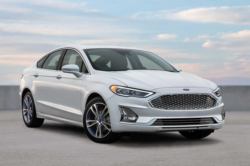 2020 Ford Fusion hybrid Sedan Front View