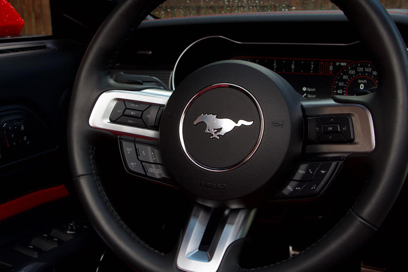 2020 Ford Mustang GT Convertible Steering wheel