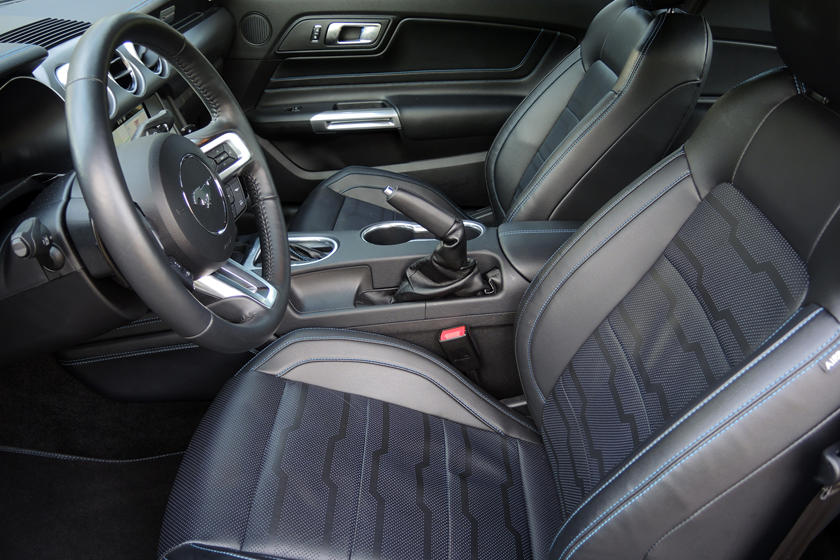 2020 Ford Mustang GT Coupe Front Seats