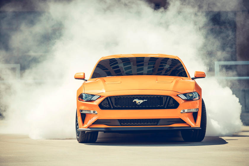 2020 Ford Mustang Coupe Front view