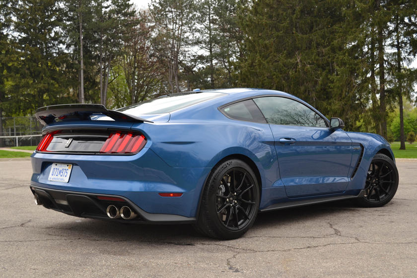 2020 Ford Mustang Shelby GT350 Coupe rear three quarter view