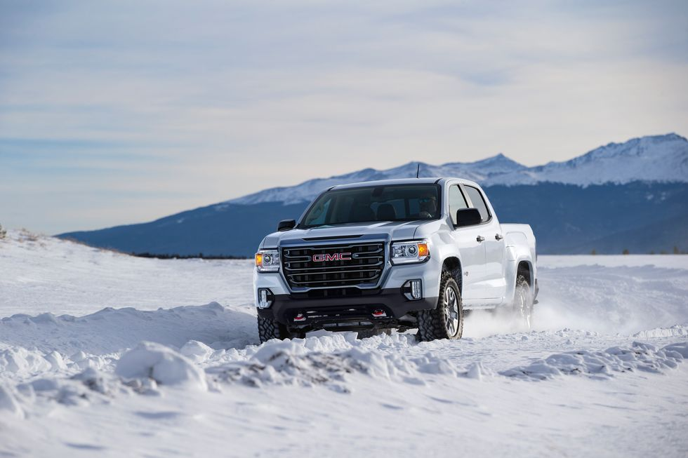 2021 GMC Canyon AT4 Crew Cab front view