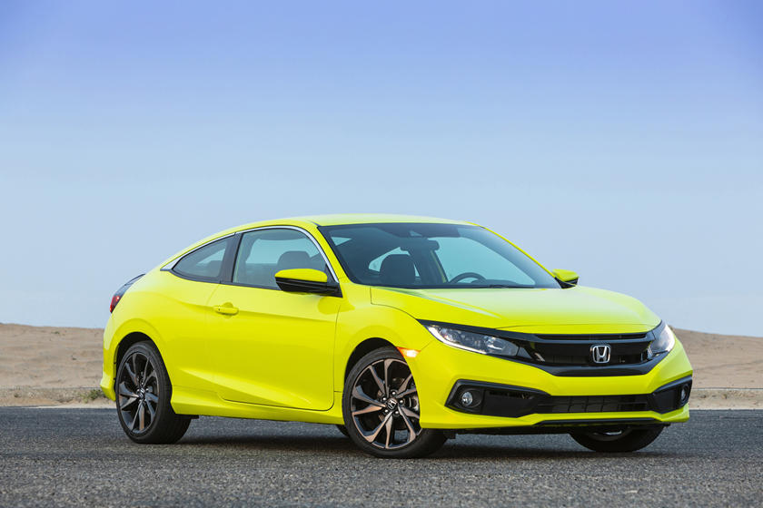 2020 Honda Civic Coupe Front view